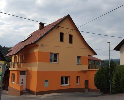 streha in fasada, stara vrhnika