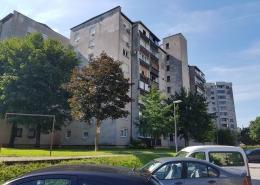 Fasada Ljubljana - prej